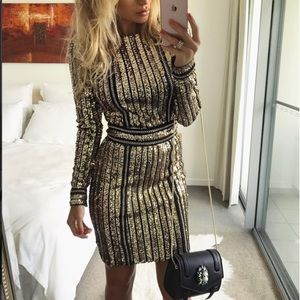 Dresses & Skirts - Black & Gold Sequin Dress
